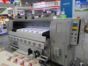 Máquina de impresión en coiro